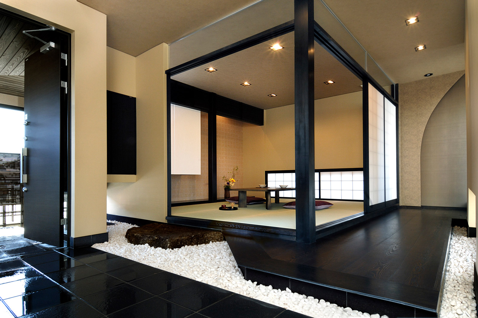 白山市モデル/エントランス・和室